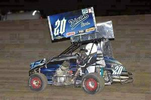 Sprint Car Wrap Tearing up the dirt